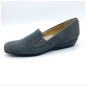 Trotters   Lamar Gray Suede Comfort Wedge Loafer